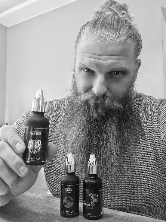 Mit Bartstoppel Bart-Öl zum raffinierten Look